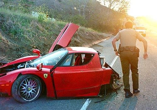 Accident Ferrari Enzo Malibu Californie Usa