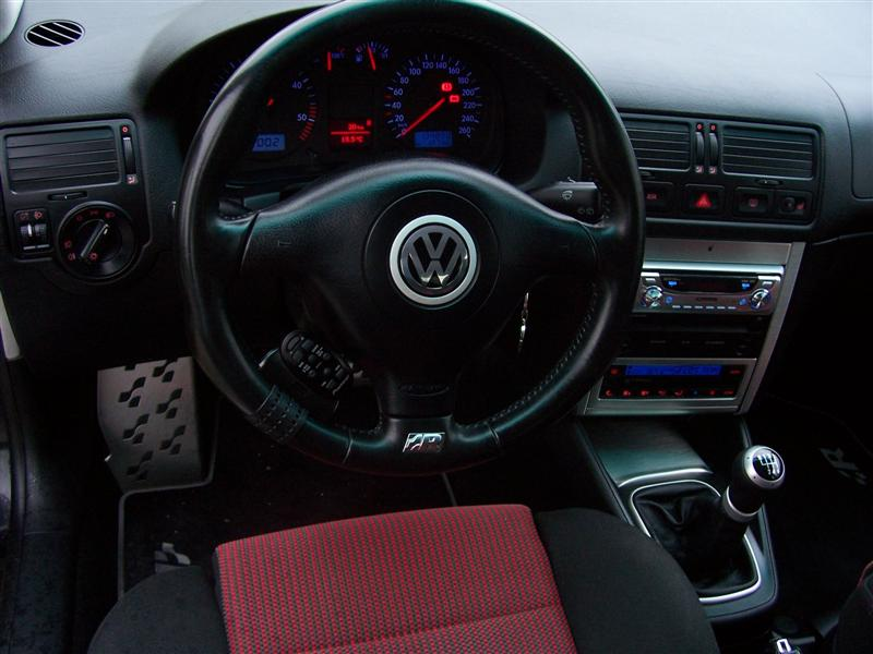 Golf iv tdi gti 115 de neo gti garage des golf iv tdi for Lederen interieur golf 4