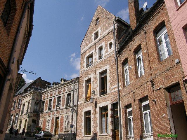 Guise et son Château. dans Paysages urbains et autres p8291411