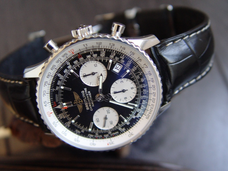 omega speedmaster moonwatch 357050 vs breitling navitimer 401. Black Bedroom Furniture Sets. Home Design Ideas