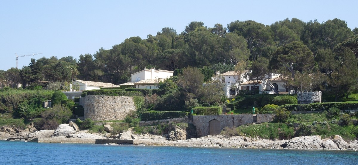 bernard arnault sa villa saint tropez france