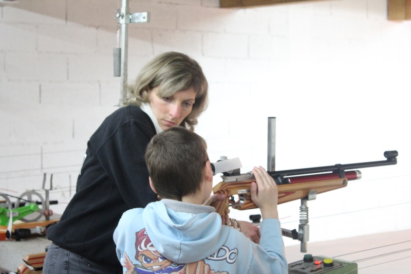 Blog de lemondemerveilleuxdegaliad : mon petit monde, Championnat D�partemental 10 M. Carabine Ecole de Tir