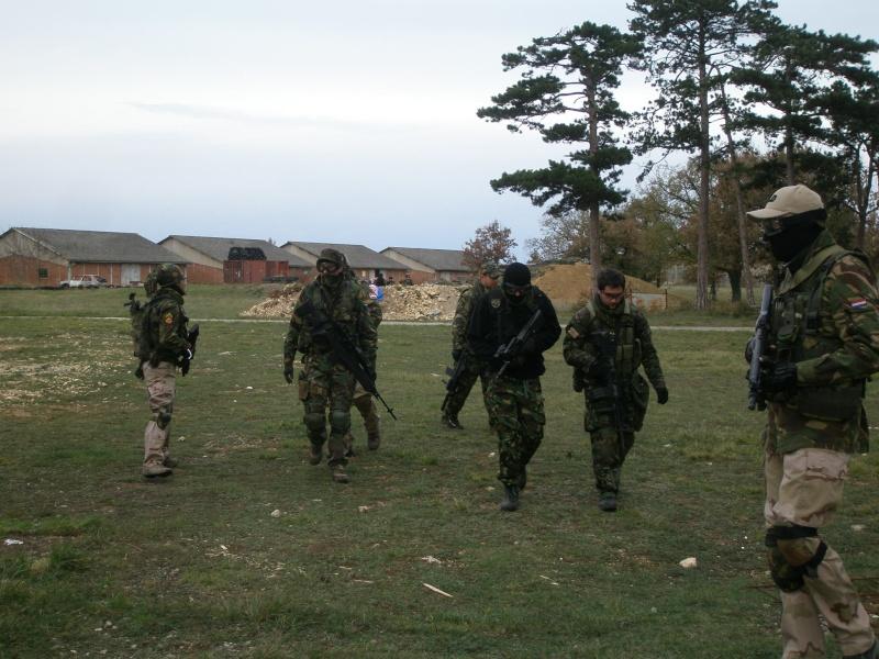 Village de combat asg 29 novembre 2009 for Combat portent 31 19