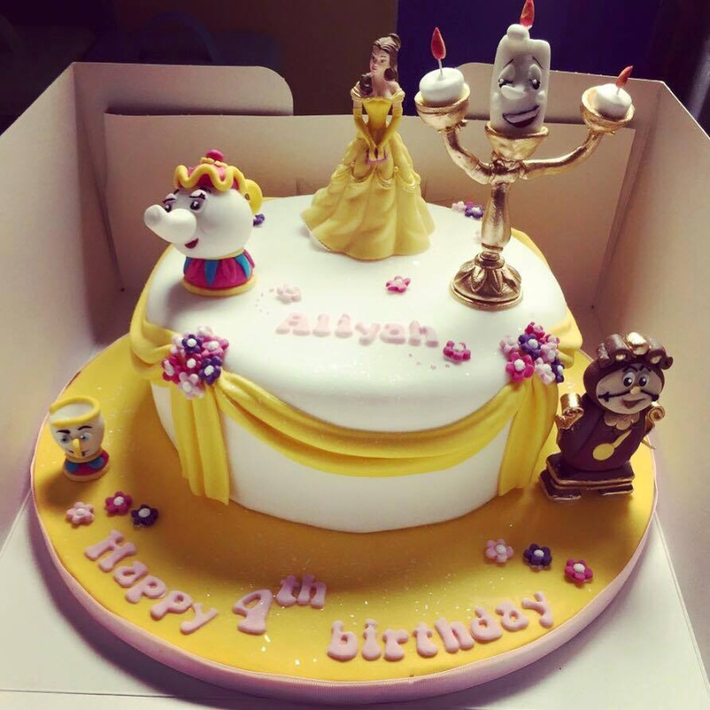 Les douceurs disney patisseries sucreries cie page 12 for Decoracion espejo en tortas