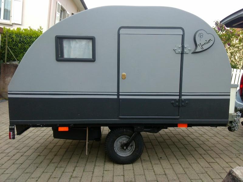 la mini caravane remorque junior. Black Bedroom Furniture Sets. Home Design Ideas