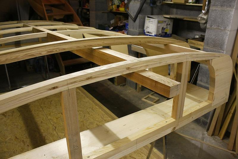 fabrication un toit de roulotte de boh me page 8. Black Bedroom Furniture Sets. Home Design Ideas