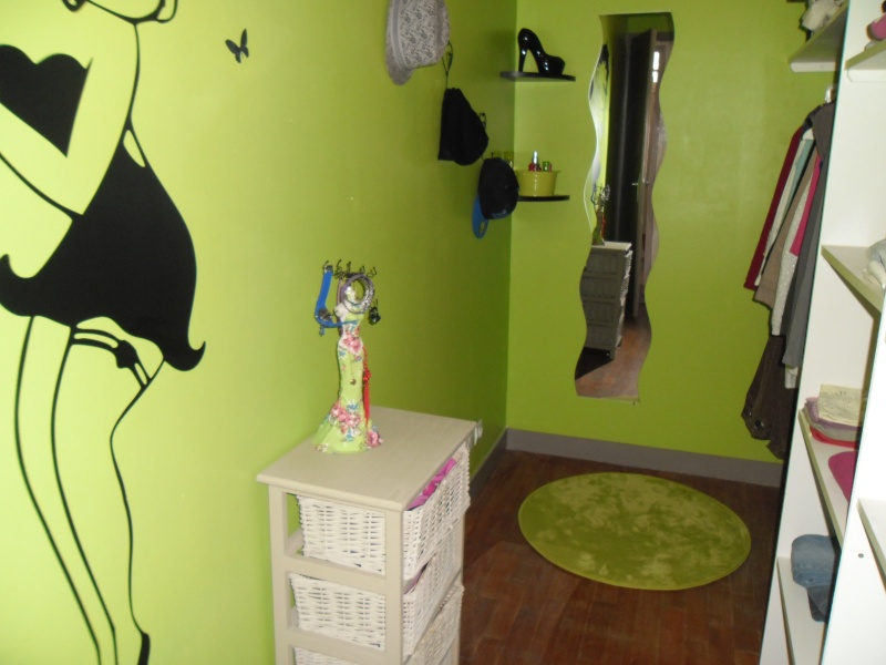 chambre de ma grande petite fille. Black Bedroom Furniture Sets. Home Design Ideas