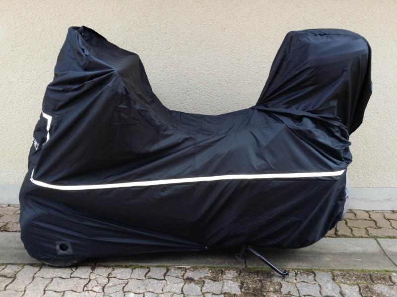 housse mp3 avec top case. Black Bedroom Furniture Sets. Home Design Ideas