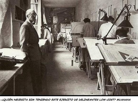 Le corbusier en su estudio