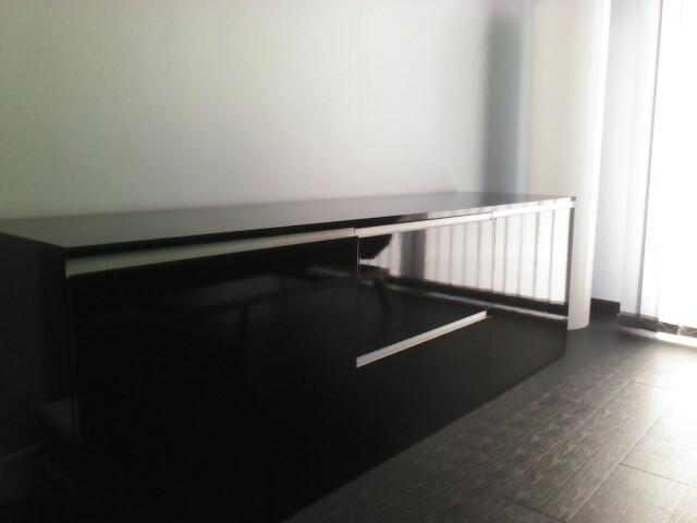 peut on mettre un aquarium sur n 39 importe quel meuble page 2. Black Bedroom Furniture Sets. Home Design Ideas