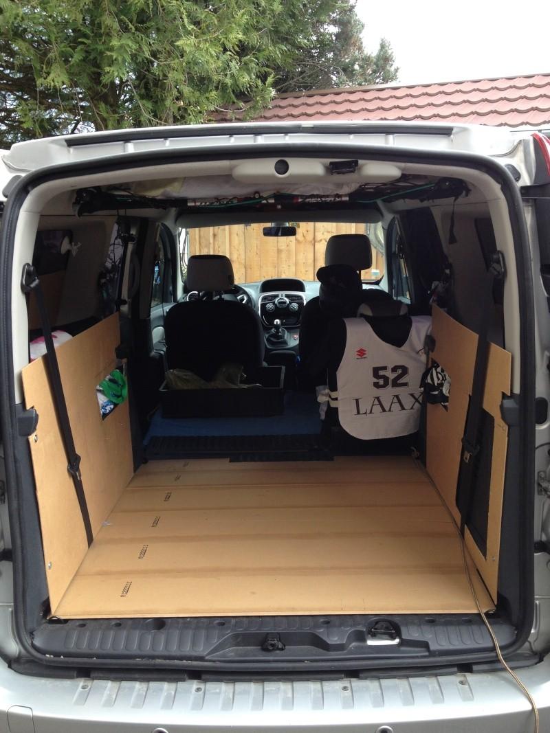 am nagement amovible simple grand kangoo. Black Bedroom Furniture Sets. Home Design Ideas