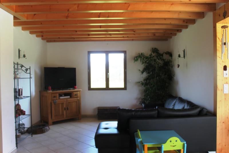 besoin de conseil pour peinture cuisine salle m salon. Black Bedroom Furniture Sets. Home Design Ideas